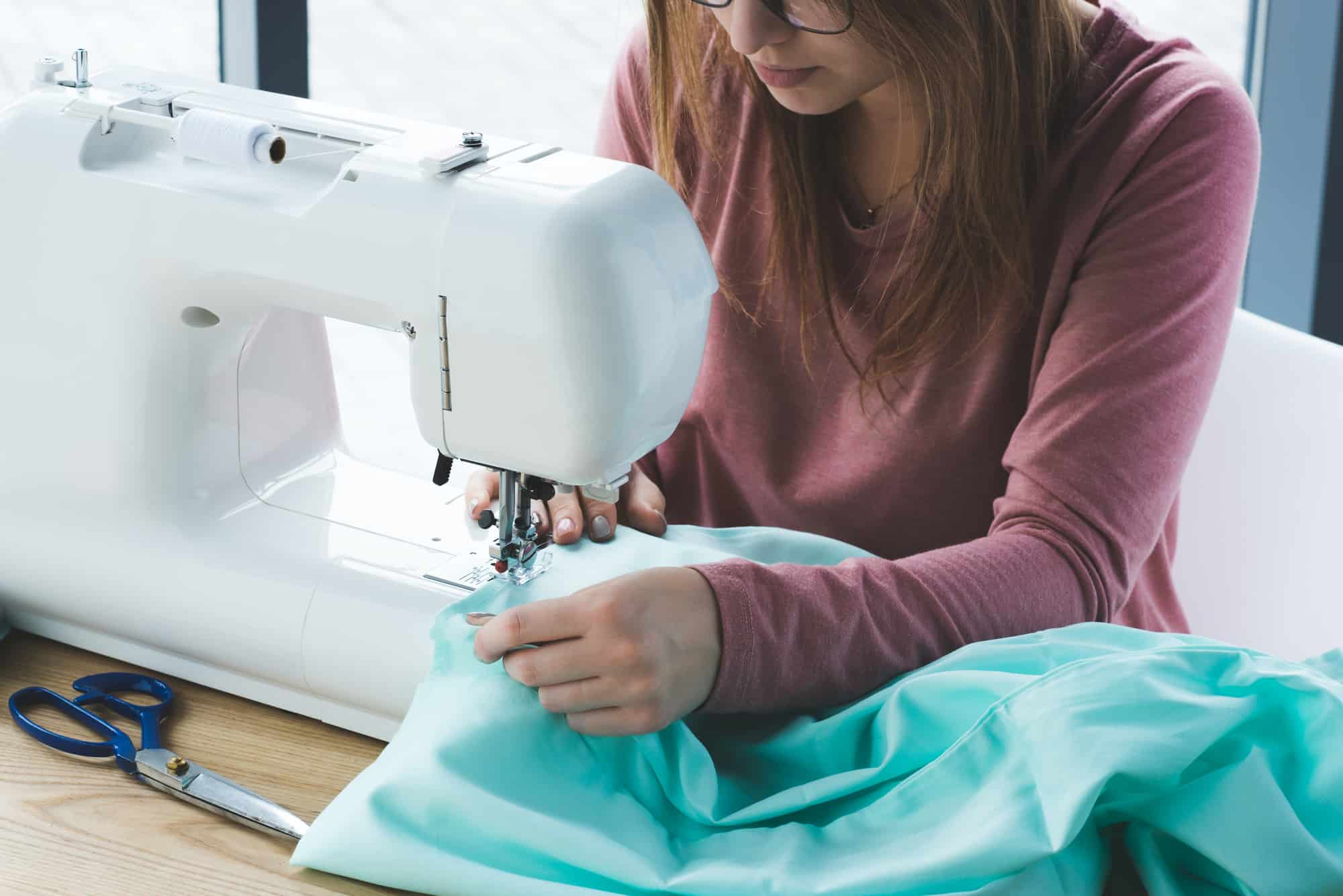 What to Consider When Buying a Sewing Machine